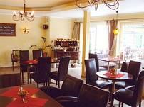 Helles und stilvoll eingerichtetes Restaurant