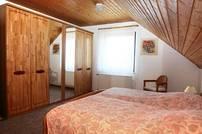 Der Schlafzimmerschrank mit viel Stauraum